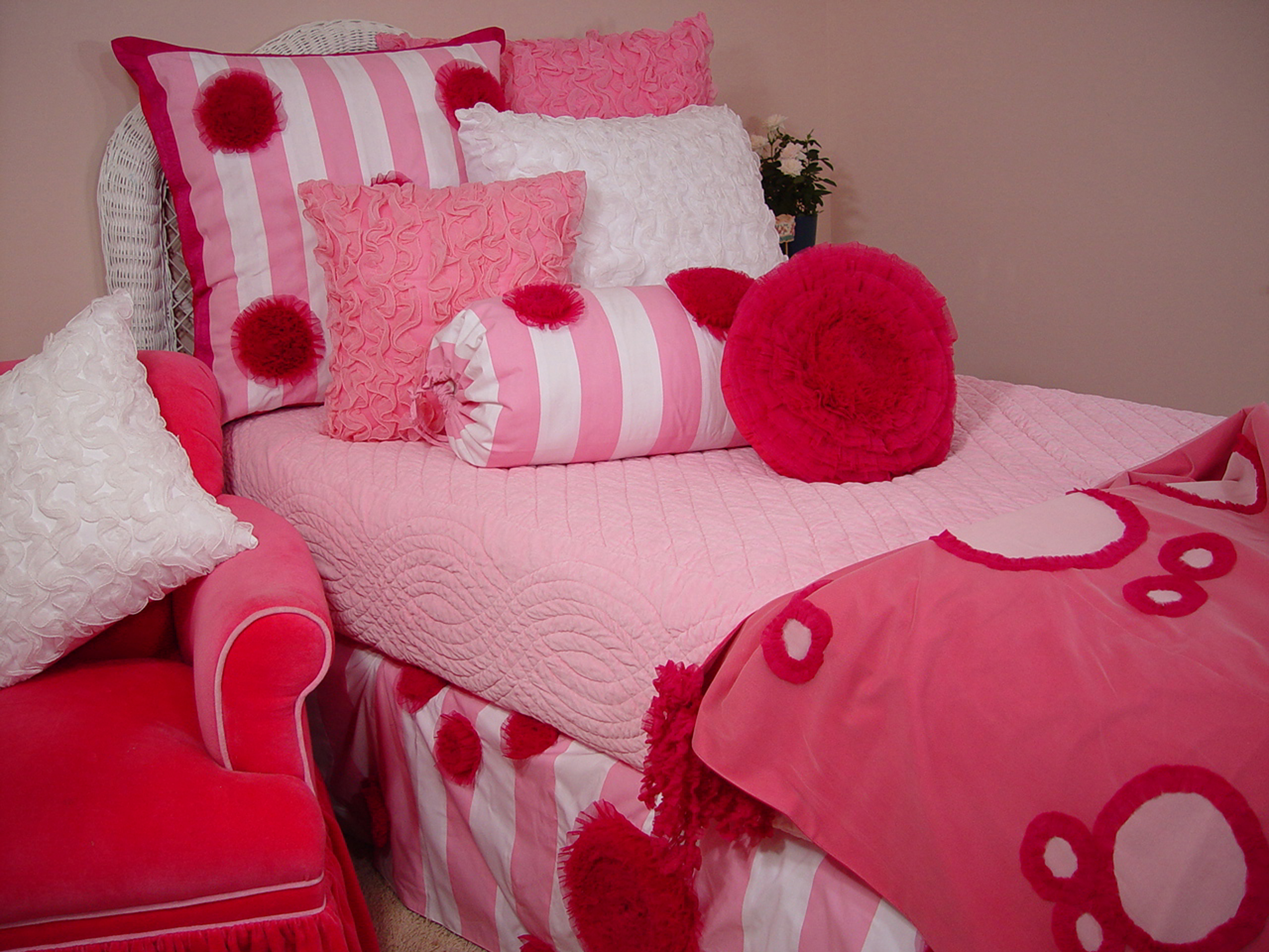 Candy Cane Stripe Bedding